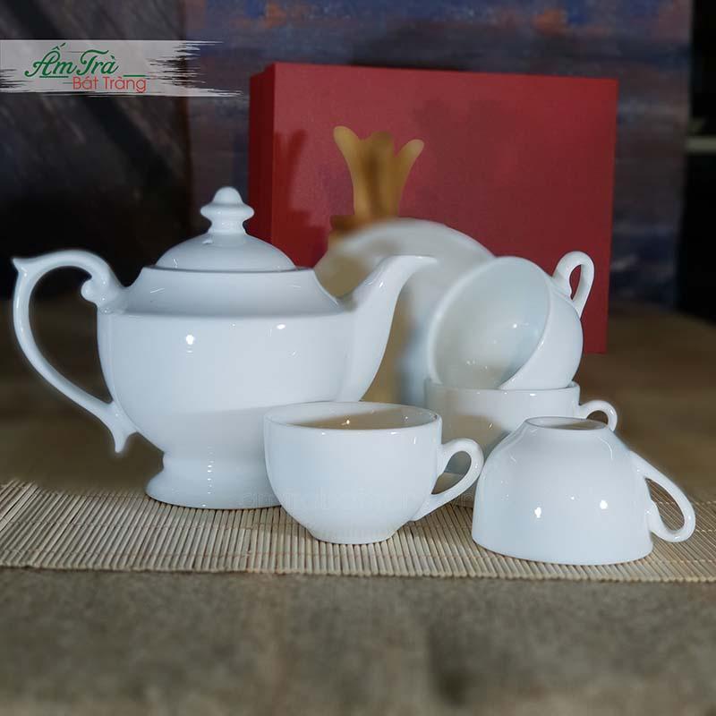 Bộ trà Thần đèn