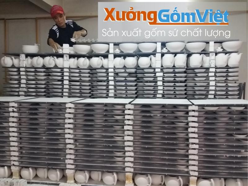 Xưởng sản xuất ấm chén số lượng lớn