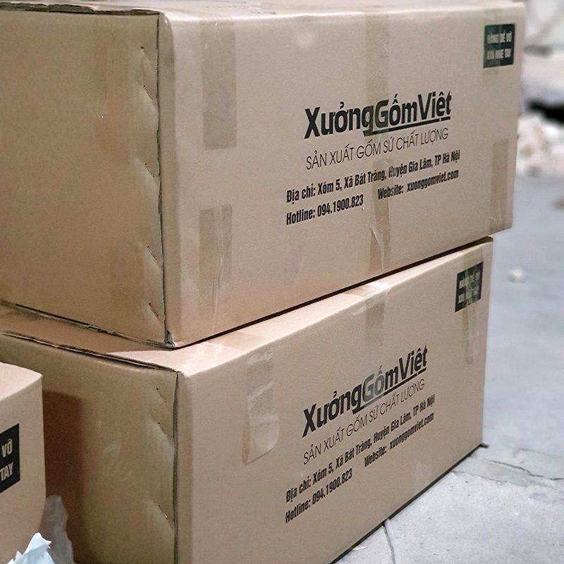 Đóng gói cẩn trọng trước khi giao hàng