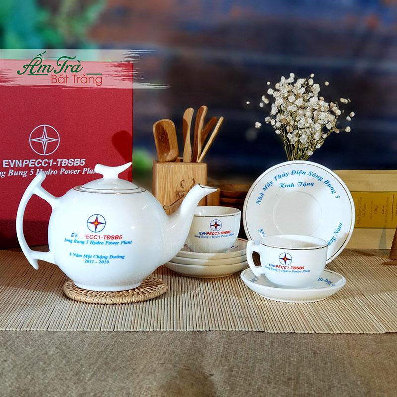 ấm trà in logo quà tặng