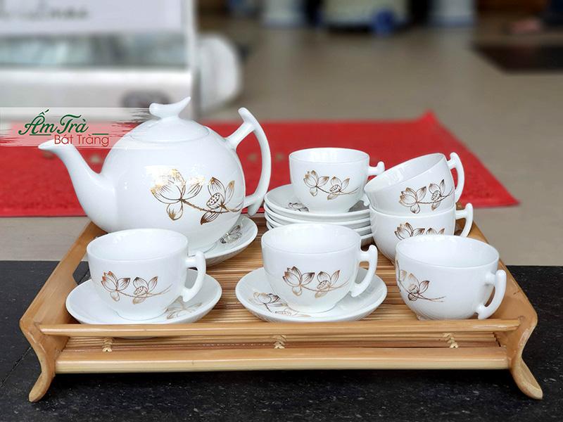 Vừa được sử dụng để thưởng trà, vừa có thể dùng để trang trí nội thất