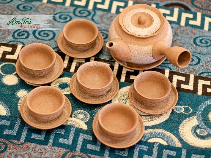 Bộ trà Hồng Sa tại Xưởng gốm Việt