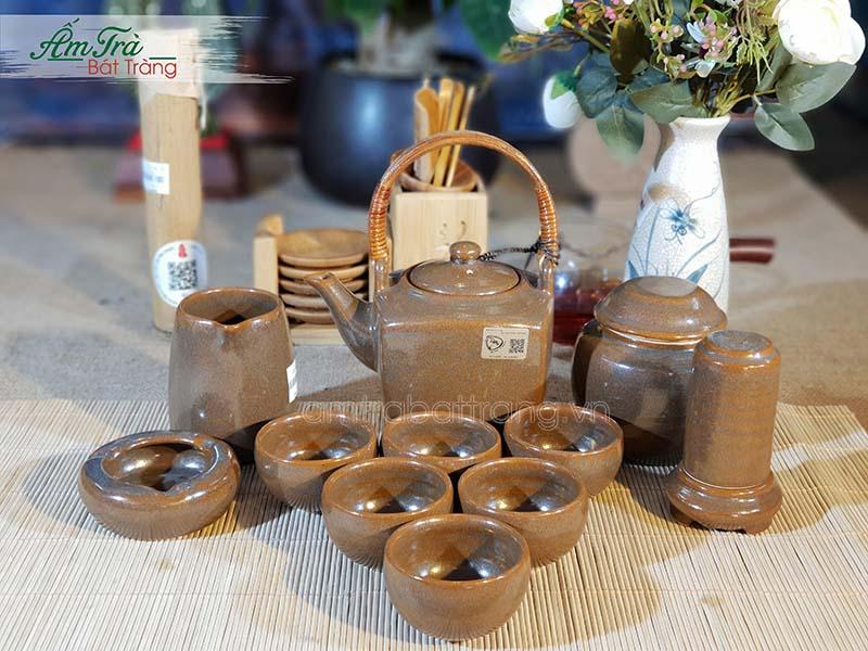 Bộ trà men nâu và phụ kiện