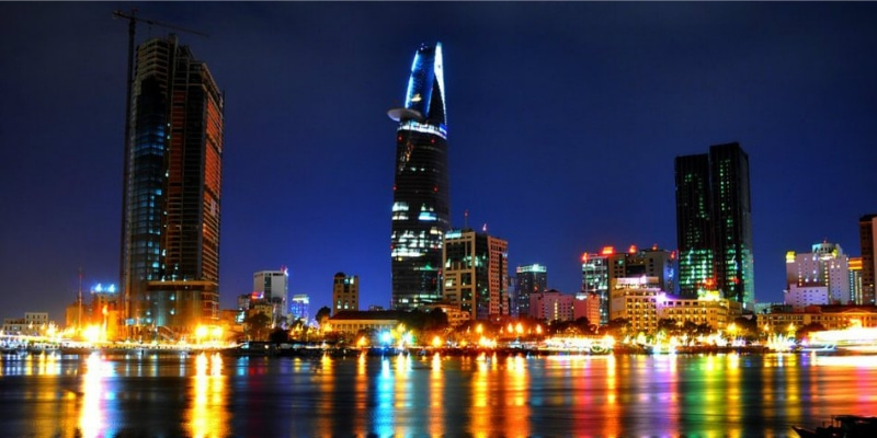 Tp Hồ Chí Minh - Một trong những thị trường tiêu thụ ấm chén Tử sa lớn nhất cả nước